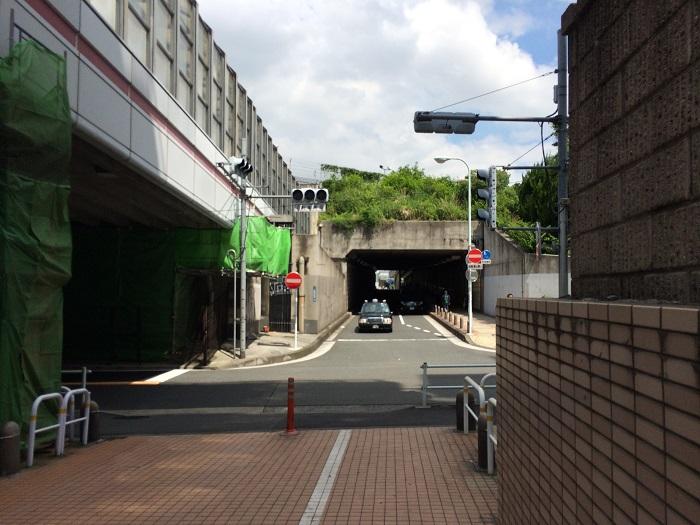 六本木ヒルズから乃木坂駅までの行きかた_6