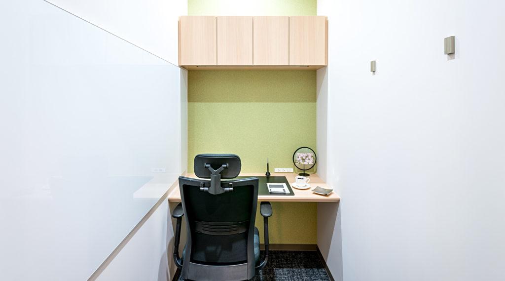 名古屋レンタルオフィス_エキスパートオフィス名古屋の1名用個室