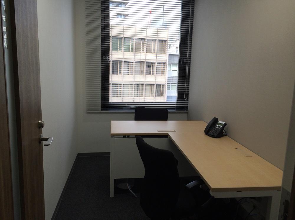 リージャス麹町_個室レンタルオフィス2名