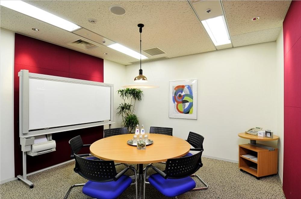 リージャス日比谷帝国ホテルタワーの会議室画像-日比谷、銀座、有楽町エリアのレンタルオフィス