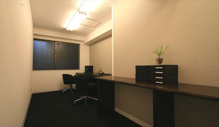 アセットデザイン 新宿ビジネスセンター 個室