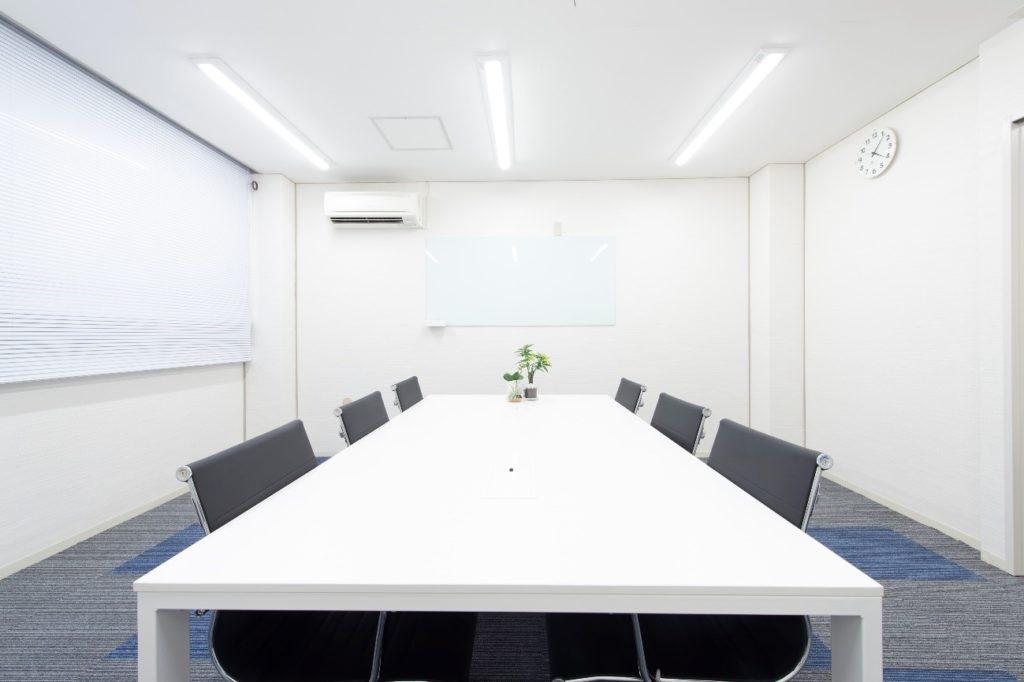 銀座バーチャルオフィス_レゾナンス銀座_会議室