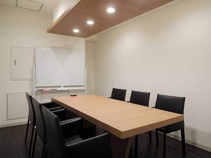 AZABU HILLSIDE 会議室