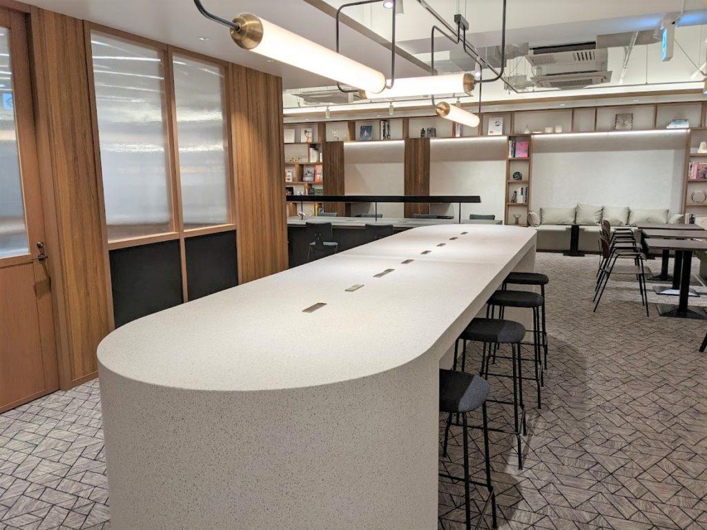 ビジネスエアポート田町_シェアワークプレイスのテーブル席