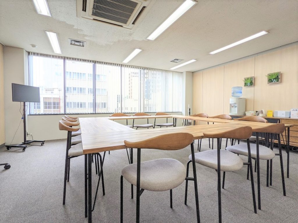 ワンストップビジネスセンター高松の会議室