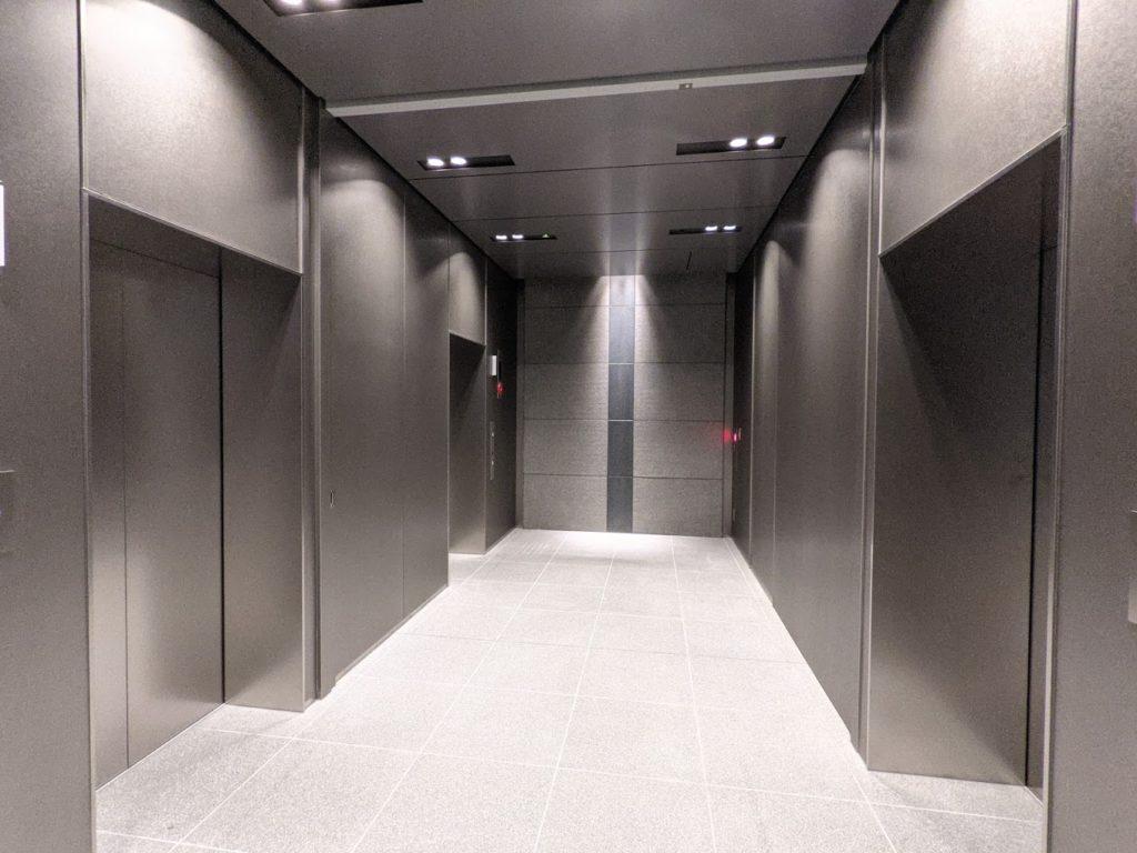 h1o新大阪_エレベーター