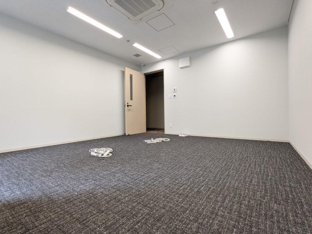 h1o新大阪_個室_208号_8名_24.18平米