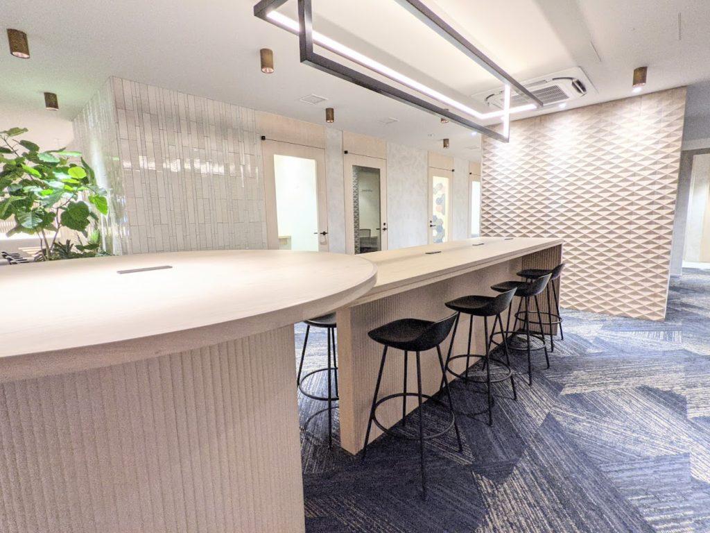 ビジネスエアポート京橋_ラウンジ3階_飲食可能スペース